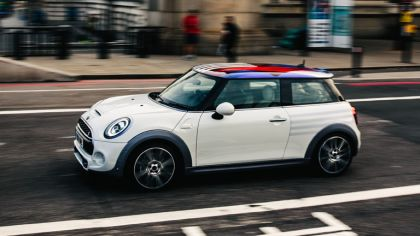 2018 Mini Cooper S - royal wedding edition 6