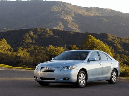 2007 Toyota Camry XLE 3