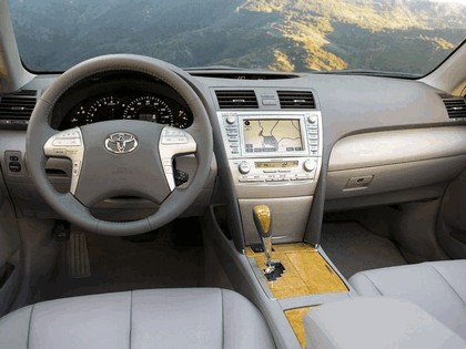 2007 Toyota Camry XLE 28