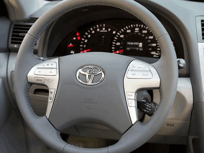 2007 Toyota Camry XLE 29