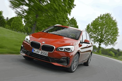2018 BMW 218i Active Tourer 40