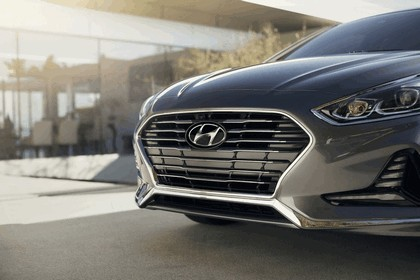2018 Hyundai Sonata 38