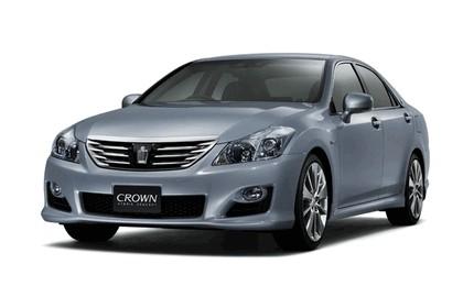 2007 Toyota Crown hybrid concept 1