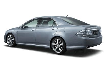 2007 Toyota Crown hybrid concept 2