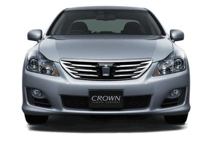 2007 Toyota Crown hybrid concept 3