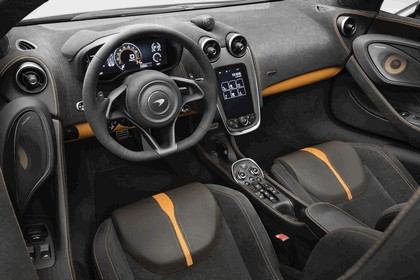 2018 McLaren 570S Spider Design Edition 8