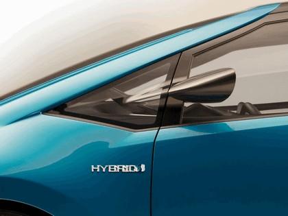 2007 Toyota Hybrid X concept 8