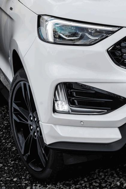 2018 Ford Edge 10