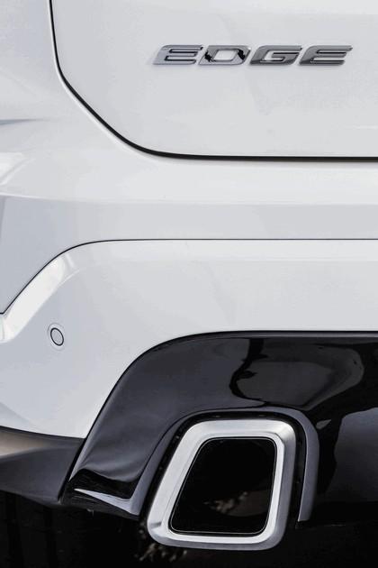 2018 Ford Edge 15