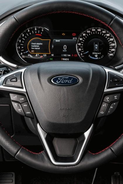 2018 Ford Edge 24