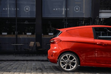 2018 Ford Fiesta Van - UK version 6