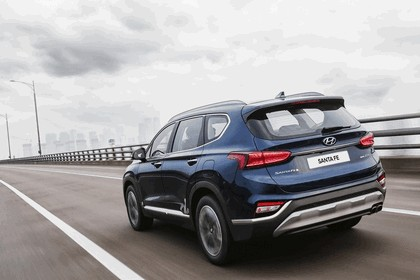 2019 Hyundai Santa Fe 3
