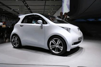 2007 Toyota IQ concept 2