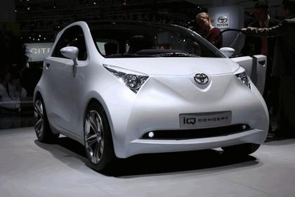 2007 Toyota IQ concept 4