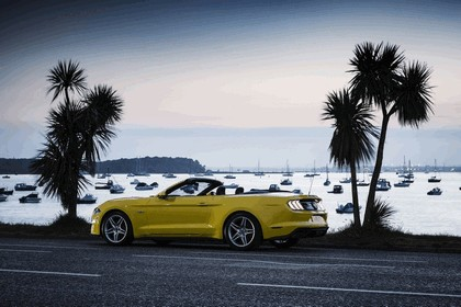 2018 Ford Mustang convertible - UK version 10