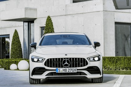 2018 Mercedes-AMG GT 4-door coupé 17
