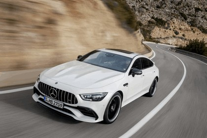 2018 Mercedes-AMG GT 4-door coupé 40