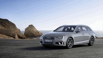 2018 Audi A4 Avant 1