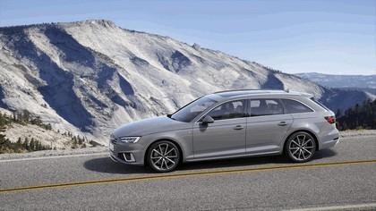 2018 Audi A4 Avant 10
