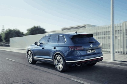 2018 Volkswagen Touareg 7