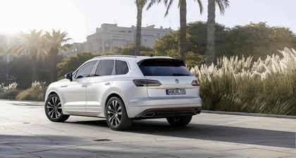 2018 Volkswagen Touareg 12