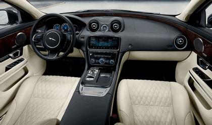 2018 Jaguar XJ 50 LWB 9