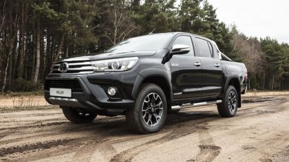 2018 Toyota Hilux Invincible 50 Chrome Edition 2