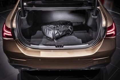 2018 Mercedes-Benz A-klasse L sport sedan 8
