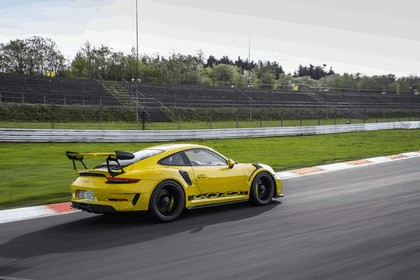 2018 Porsche 911 ( 991 type II ) GT3 RS with Weissach package 68