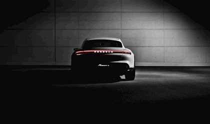 2018 Porsche Mission E Cross Turismo concept 9
