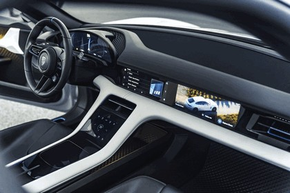 2018 Porsche Mission E Cross Turismo concept 16