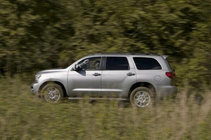 2007 Toyota Sequoia 9