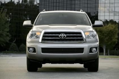 2007 Toyota Sequoia 17