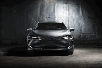 2018 Toyota Avalon Limited Hybrid 4