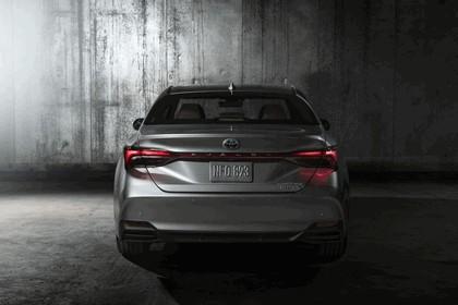 2018 Toyota Avalon Limited Hybrid 6