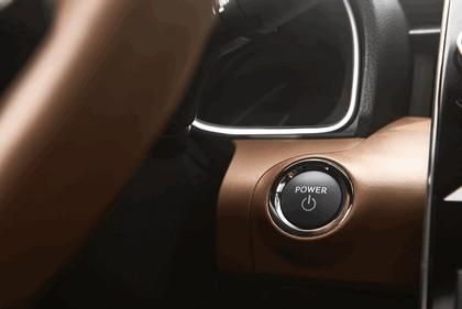 2018 Toyota Avalon Limited Hybrid 19