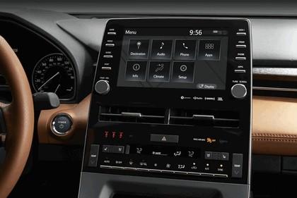 2018 Toyota Avalon Limited Hybrid 20