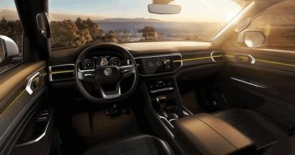 2018 Volkswagen Atlas Tanoak concept 5