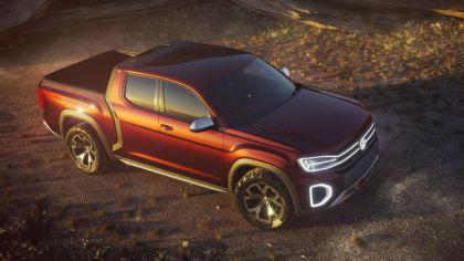 2018 Volkswagen Atlas Tanoak concept 3