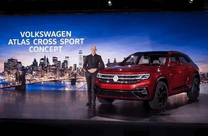 2018 Volkswagen Atlas Cross Sport concept 13