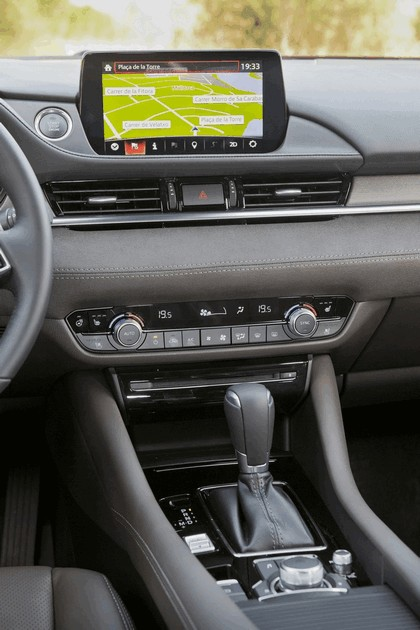 2018 Mazda 6 sedan 72