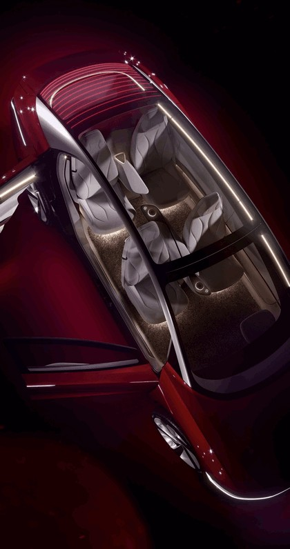 2018 Volkswagen I.D. Vizzion concept 9