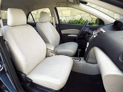 2007 Toyota Yaris Sedan 7