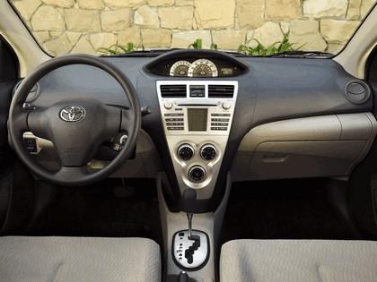 2007 Toyota Yaris Sedan 12