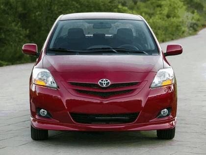 2007 Toyota Yaris Sedan S 4