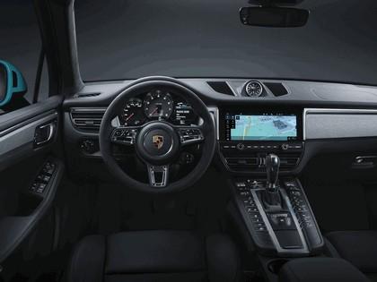 2018 Porsche Macan 10