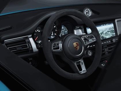 2018 Porsche Macan 11