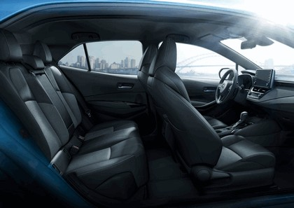 2019 Toyota Corolla hatchback 25