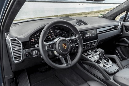 2019 Porsche Cayenne E-hybrid 38