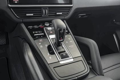 2019 Porsche Cayenne E-hybrid 40